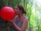 Amateurvideo Looner Fetisch - Ballon aufblasen from CaraliaDeluxe