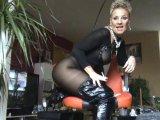 Amateurvideo Sklaven-Made,,,Nackt-Beine spreizen-,Arsch ficken,auf die K from Sachsenlady