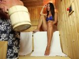 Amateurvideo Fremdfick während seine Frau nebenan schwimmt (Sperma-Aufgu von Annabel_Massina