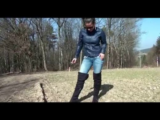 Amateurvideo Dreckfressender Stiefellecker von Andrea_18