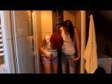 Amateurvideo 2 geile Pissfotzen von SinaAngel