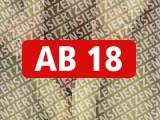Amateurvideo Wichsfüße beim 18jährigen Studenten von Ero2nite