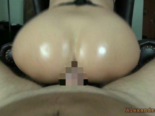 Amateurvideo User Mario fickt ALLE Löcher Wund und spritzt 3 Mal ab! von Alexandra_Wett