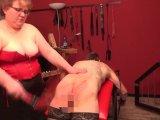 Amateurvideo Die schwere Last des Sklaven Teil 2 von LadySabrina
