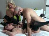 Amateurvideo Vom Riesenschwanz beim Lesbensex erwischt!!!! von KissiKissi