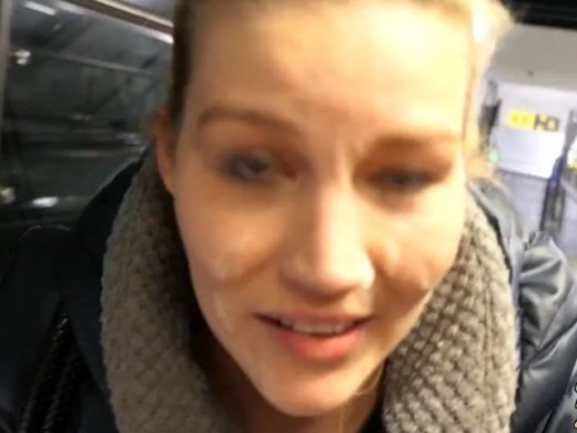 Spermawalk am Flughafen