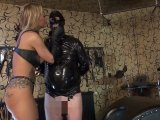Amateurvideo Sklavenerziehung im Studio von Calea_Toxic