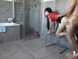 Amateurvideo Spermabombe für die geile Latex Fotze von MeliDeluxe
