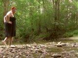 Amateurvideo In verschiedenen Stellung, in den Fluss gepinkelt von crazydesire86