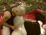 Amateurvideo Bitch, mit Doppeldildo im Wald Gevögelt 4 von crazydesire86