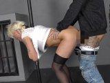 Amateurvideo Lissy im Strafpranger abgefickt von AmateureXtrem